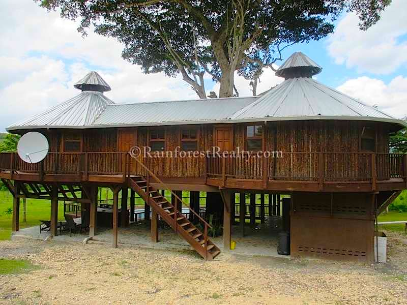Luxurious Off Grid Living In Belize