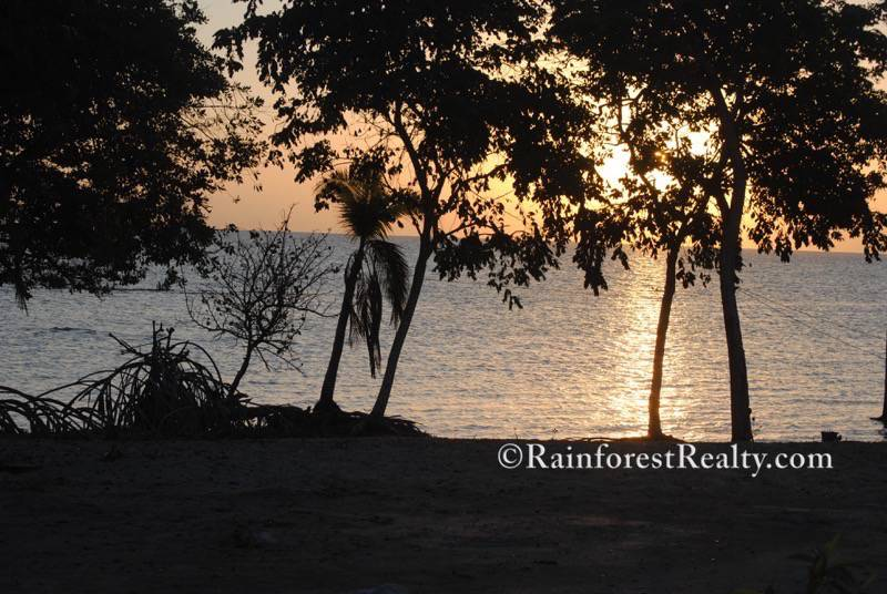 living in belize on the chetumal bay is a wonderful way to experience retiring in belize or investing in belize home features views of sun