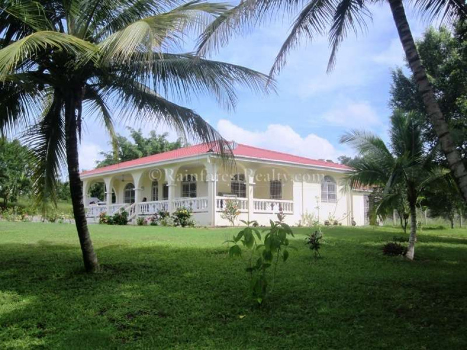 Belize property with home and guest house for Houses for sale with guest house on property