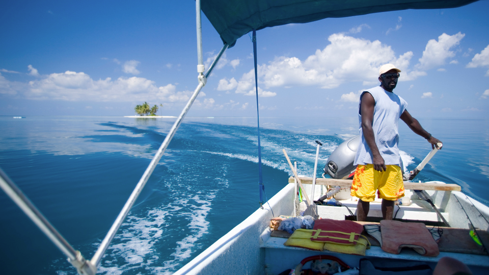 Boating in Belize