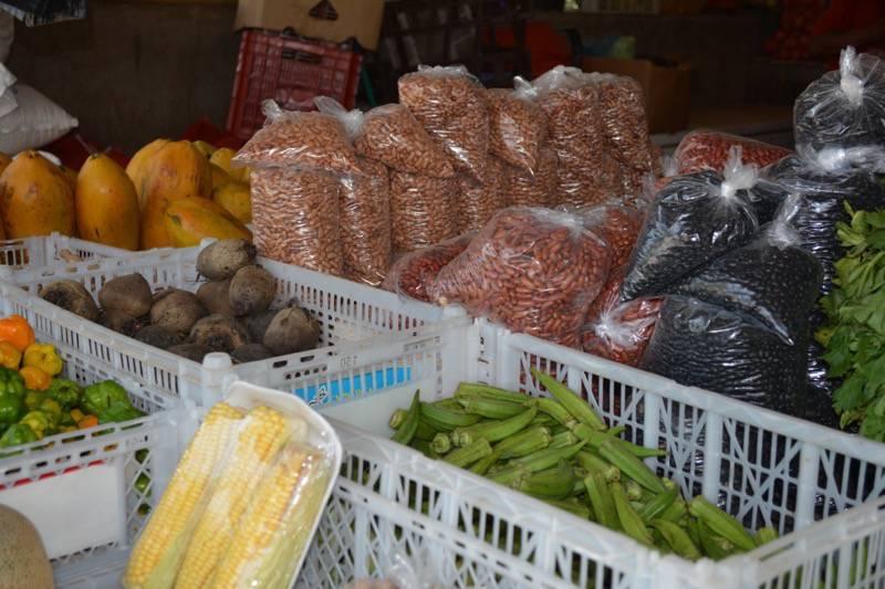 san-ignacio-town-market-in-belize