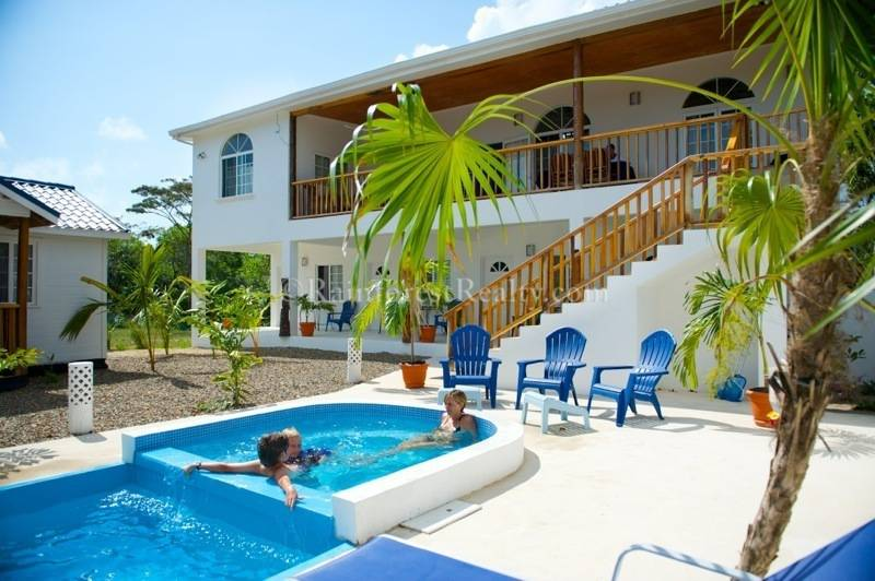 Belize Guesthouse For In Hopkins Stann Creek District